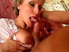 Blonde mom sucks n fucks