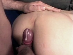 Elder mom gets cum on ass