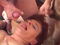 60 yo queen of blowjob