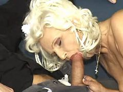 Kinky granny throats strong cock