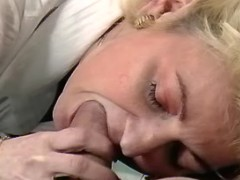 Mom seduces young lover