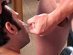Stroking, blowjob and facial between those 2 muscular dudes