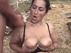 Mature gets cum on tits on backyard