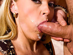 Sexy milf enjoys a good cock in her wet slit